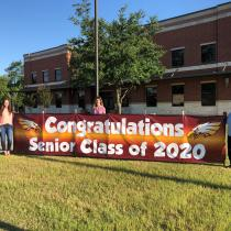 Banner congratulating the class of 2020