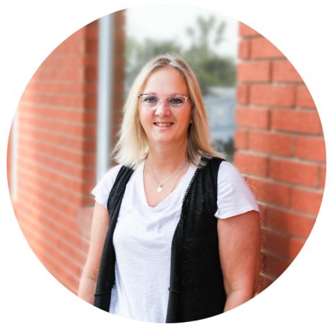 Janet Scott Ohnward Bank and Trust Baldwin Iowa