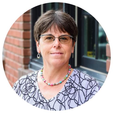 Lori Bertling, Ohnward Bank & Trust